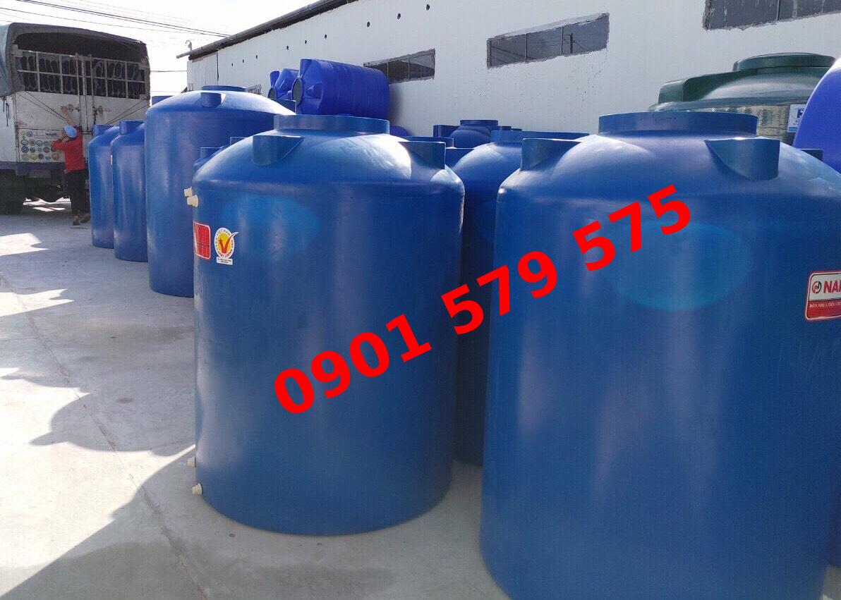 Bồn nước 500 lít chất liệu nhựa dáng đứng.