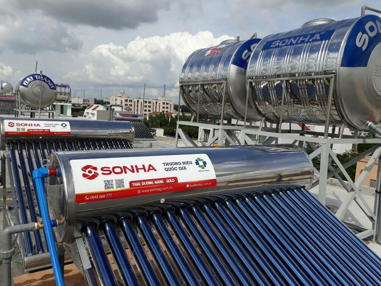 Hình ảnh máy nước nóng năng lượng mặt trời thái dương năng Sơn Hà.